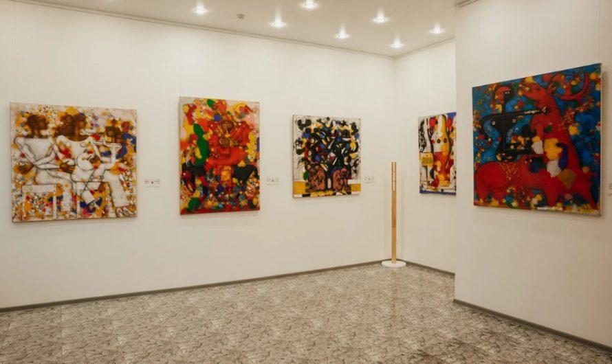 Незрячие люди смогли буквально притронуться к искусству в новой выставке Третьяковки